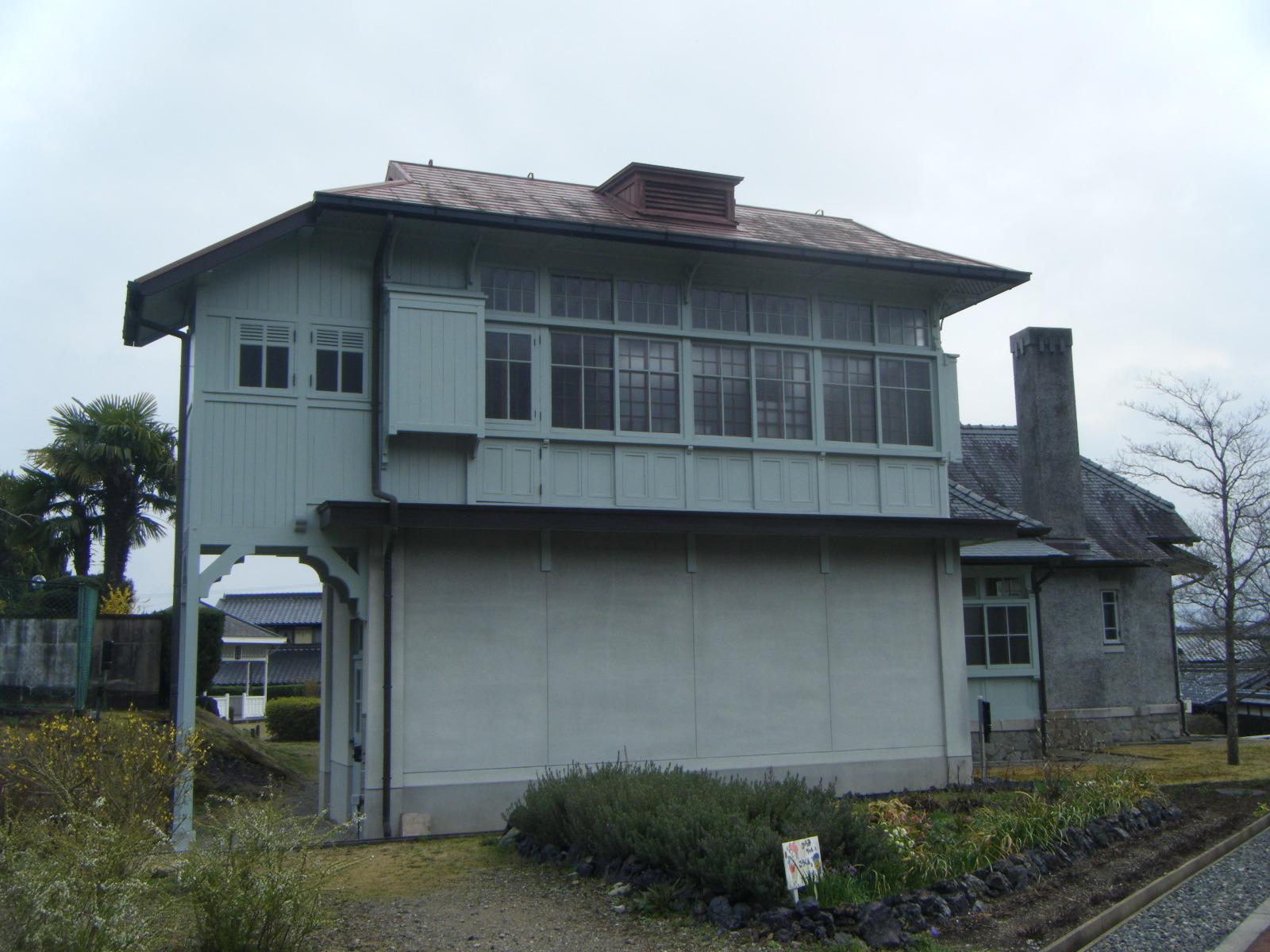 旧平賀邸裏側