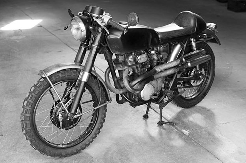 cb350dragontatoo1.jpg