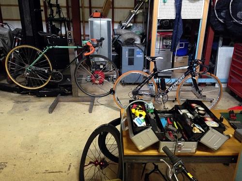 garagein2bikes.jpg