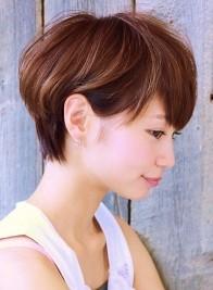 戦う!書店ガール 鈴木ちなみ風 ショートボブヘアスタイルの髪型