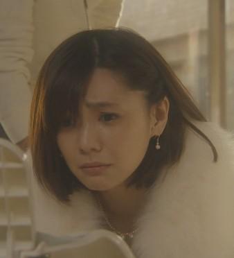 ドラマ『残念な夫』 倉科カナの美容院カットシーン後のミディアムヘア
