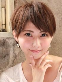 ドラマ『美しき罠 残花繚乱』の三浦理恵子さん風のショートヘア