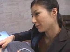 ねっとりキスをするS女 アダルト動画