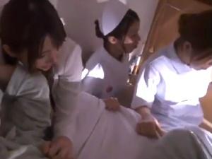 看護師と人妻をレイプ中出し [波多野結衣] アダルト動画