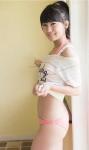 AKB48 小嶋真子 セクシー ビキニ水着 お尻 カメラ目線 エロかわいい画像7