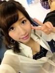 元AKB48 片山陽加 セクシー おっぱいの谷間 自撮り ピース カメラ目線 高画質エロかわいい画像11