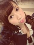 AKB48 片山陽加 セクシー 胸チラ おっぱいの谷間 自撮り カメラ目線 顔アップ 高画質エロかわいい画像15