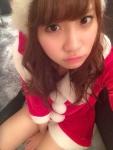 AKB48 永尾まりや セクシー サンタ コスプレ 上目遣い 顔アップ 太ももチラ カメラ目線 高画質エロかわいい画像8845