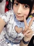AKB48 佐々木優佳里 セクシー 胸チラ 巨乳おっぱいの谷間 自撮り ピース 誘惑 高画質エロかわいい画像8861