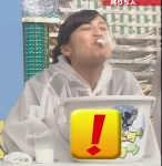 小島瑠璃子 セクシー 口含み 牛乳吹き出し噴射 顔アップ 地上波キャプチャー 高画質エロかわいい画像8950