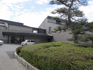 豊川市桜ヶ丘ミュージアム玄関
