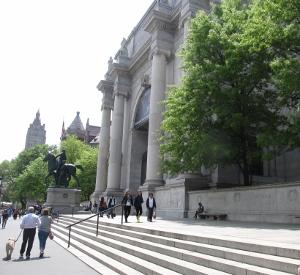 ニューヨーク自然史博物館全景