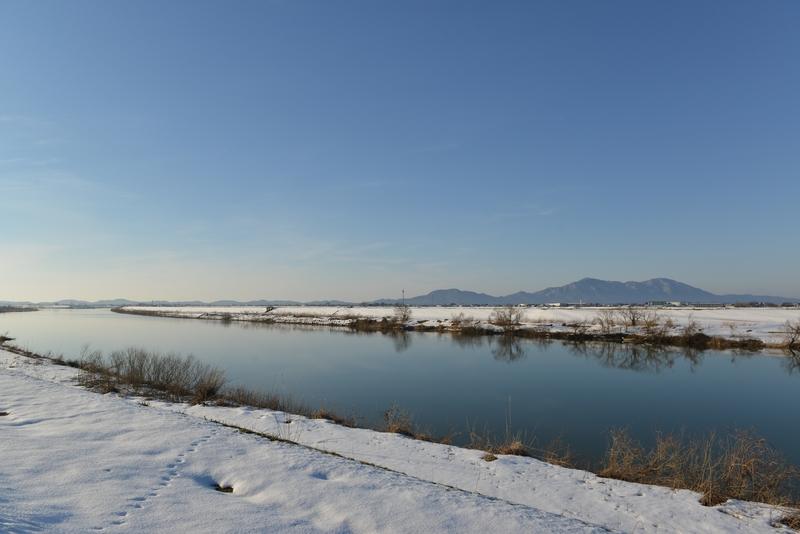 冬晴れ 河-1