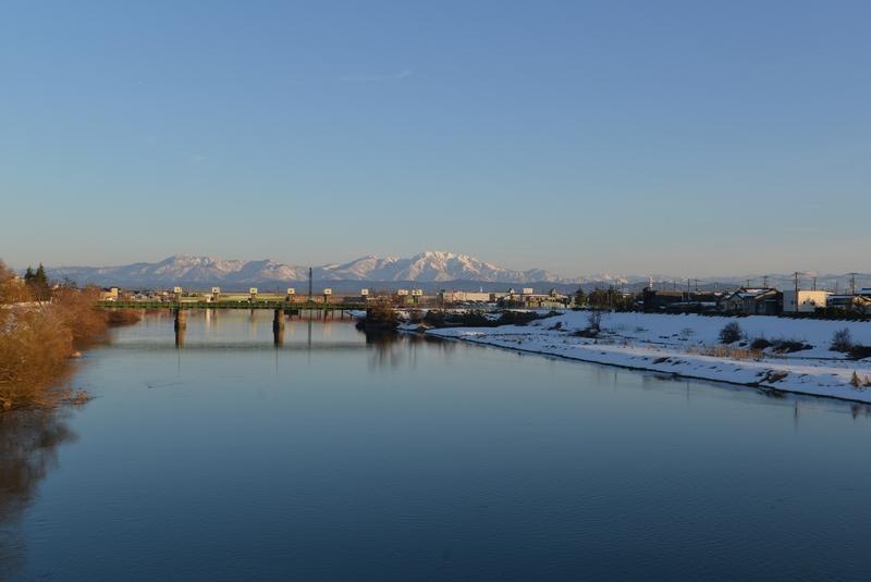 冬晴れ 河-2