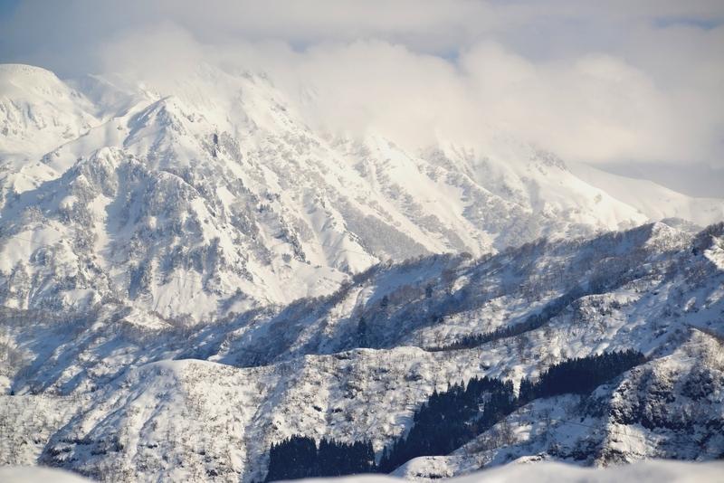 雪の八海山-3