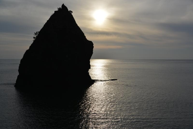 穏やかな海 立岩-4