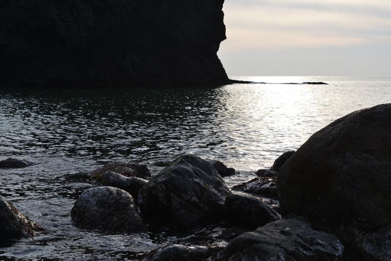 立岩の光-3
