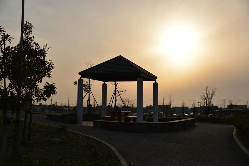夕暮れ時の公園-2