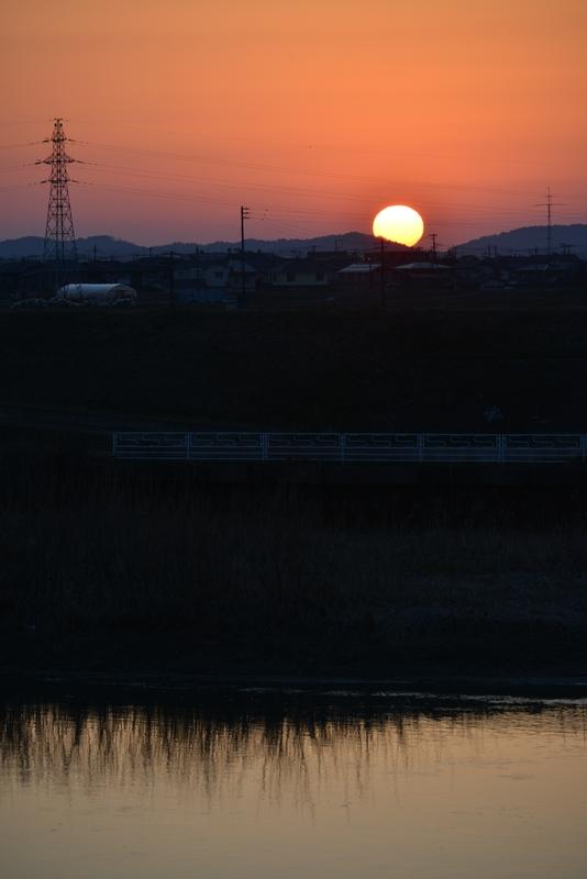 日が沈む-3