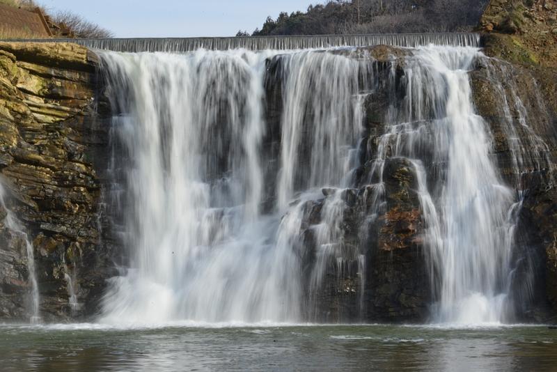 落ち水の滝-2