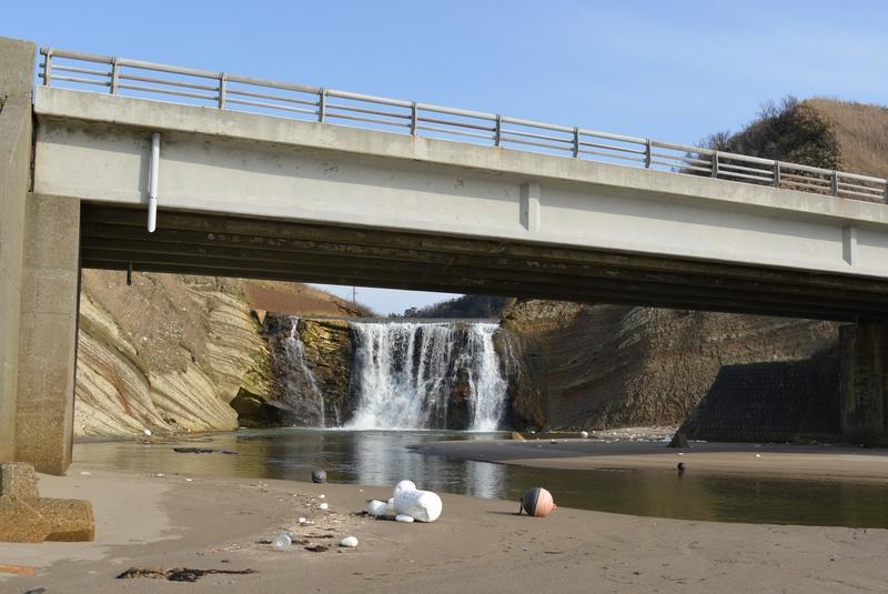 落ち水の滝-4