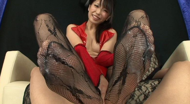 激☆足コキ 美脚でM男汁の生搾りの脚フェチDVD画像6