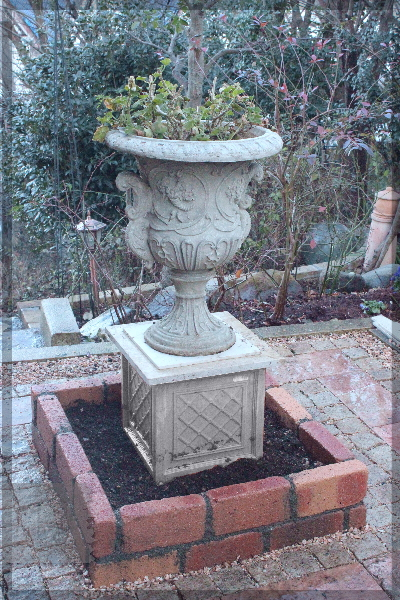 DIY 庭づくり メインガーデン テラス脇 テラス横 石敷 レンガ積み 2014年12月