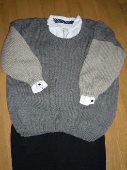 グレーのセーター出来上がり