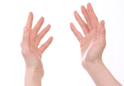 手のアップ画像
