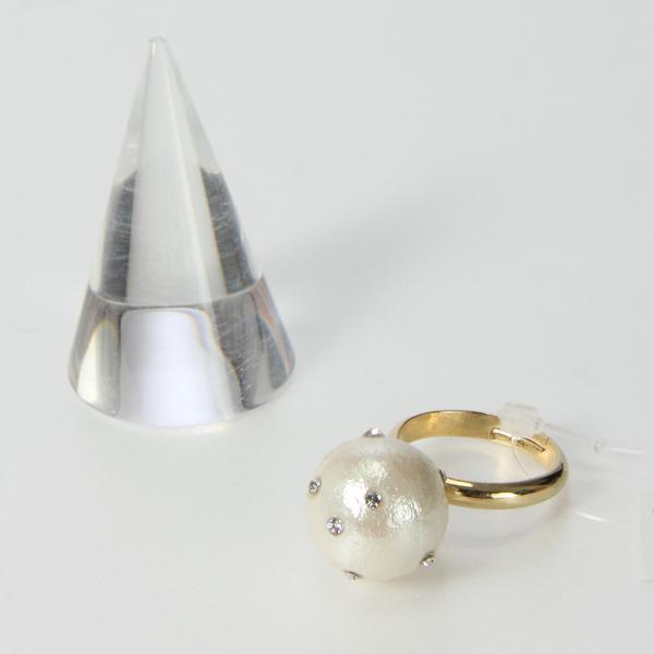 NOBLESSE・ノブレスのコットンパールとスワロフスキーコラボのリング