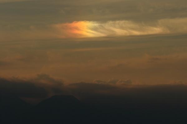 有明山と彩雲