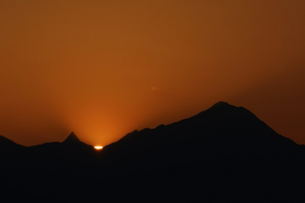 槍ヶ岳と夕日