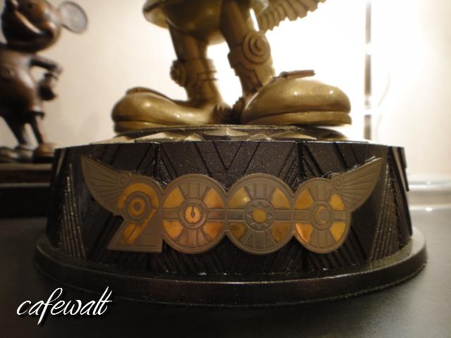 東京ディズニーランド ミレニアムブロンズ像 時の使者 2