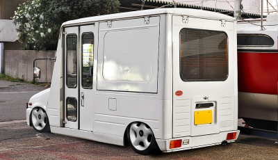1024px-Daihatsu_Mira_Walk-through_Van.jpg