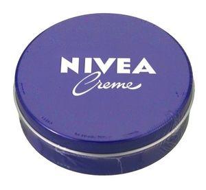 ニベア青缶1