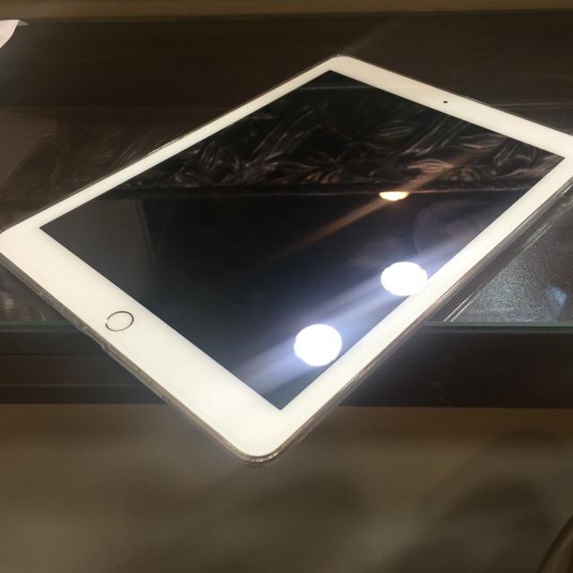 iPhone2754.jpg