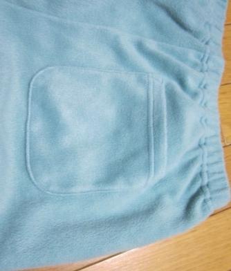 パジャマ後ろポケット