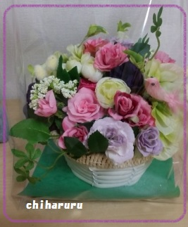 2015-3 rose basket arrange