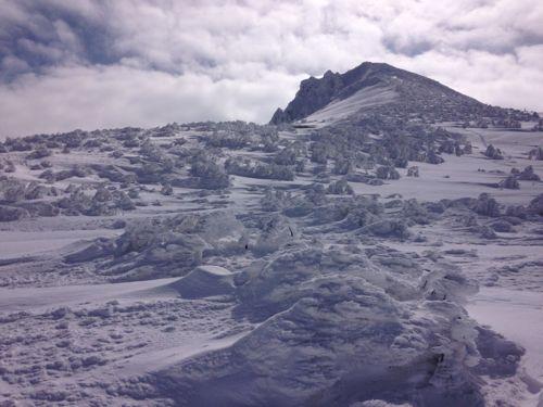 5山頂は雪と氷の世界