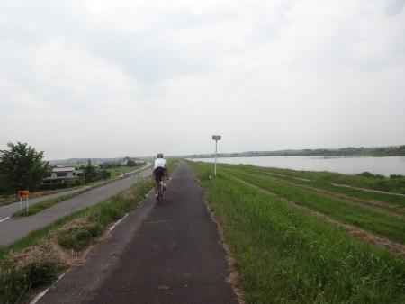019左岸を走行、本日100km予定のZENさんは常総大橋で帰還