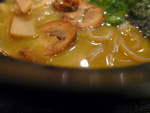 濃厚鶏白湯拉麺 初代なかがわ@01鶏白湯ラーメン 2