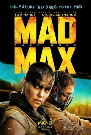 ジョージ・ミラー 『マッドマックス 怒りのデス・ロード』 手前がフュリオサを演じるシャーリーズ・セロン。