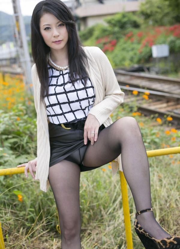 AV女優 愛田奈々 オナニー画像 熟女 人妻 まんこ画像 エロ画像 無修正012a.jpg