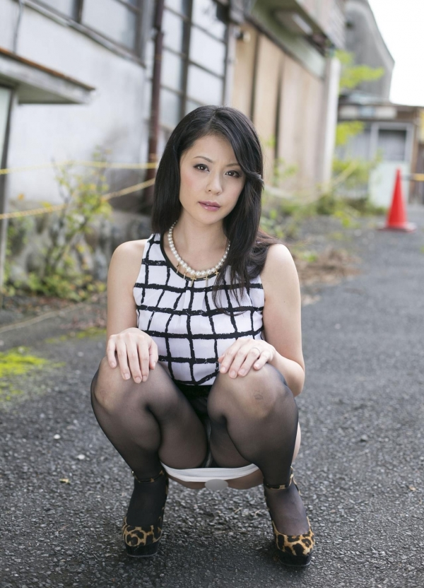 AV女優 愛田奈々 オナニー画像 熟女 人妻 まんこ画像 エロ画像 無修正021a.jpg