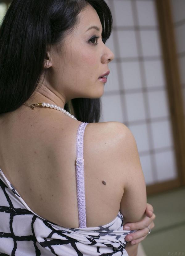 愛田奈々 画像 035