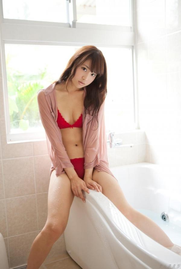 グラビアアイドル  麻倉みな ヌード画像 美脚 エロ画像041a.jpg