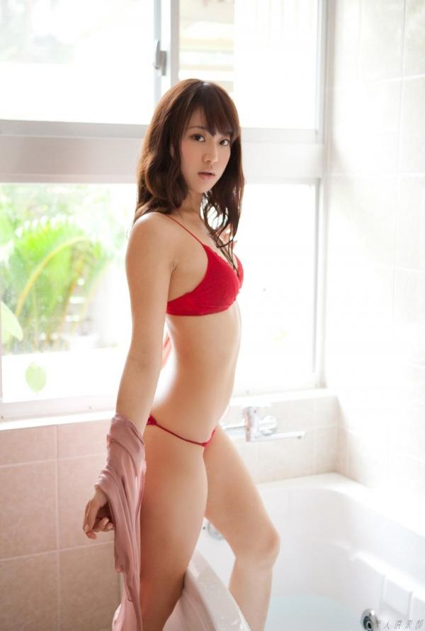 グラビアアイドル  麻倉みな ヌード画像 美脚 エロ画像043a.jpg