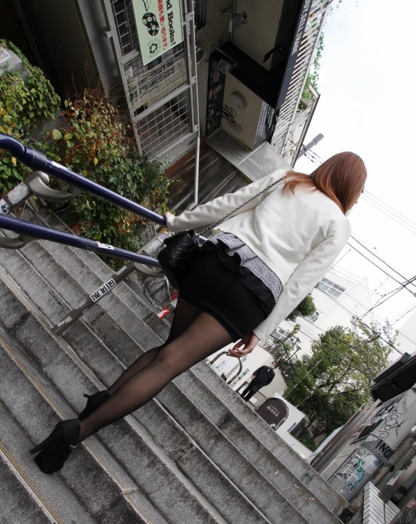 AV女優 真鍋まゆ セックス画像 フェラ画像 クンニ画像 エロ画像 無修正016a.jpg
