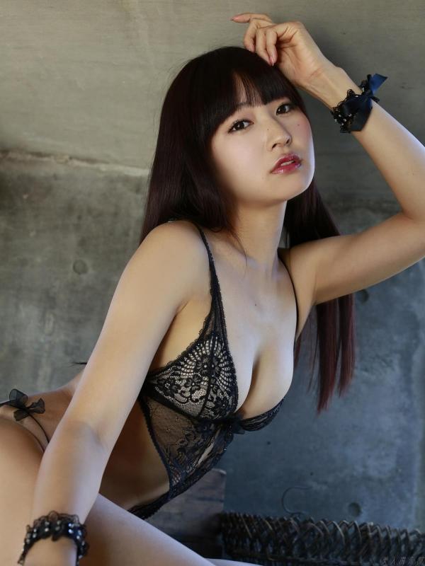 グラビアアイドル 仁藤みさき 過激 パンチラ画像 ヌード画像 美脚 エロ画像a034a.jpg