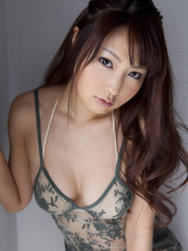グラビアアイドル 仁藤みさき 過激 パンチラ画像 ヌード画像 美脚 エロ画像b003a.jpg